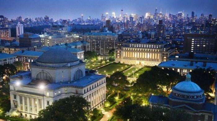 哥伦比亚大学夜景