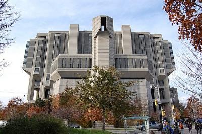 多伦多大学图书馆