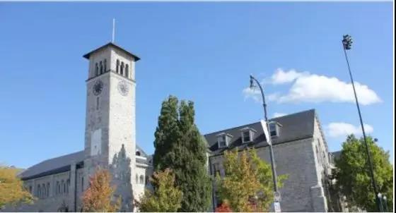 Queen's University-皇后大学